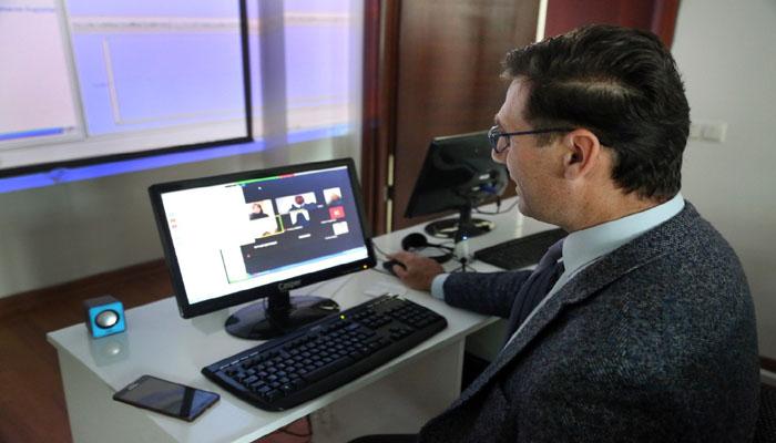 Ebegem Eğitimlerine Online Devam Ediyor