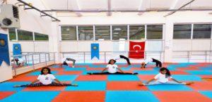 Büyükşehir'in jimnastik kursu çocuklara birçok özellik kazandırıyor