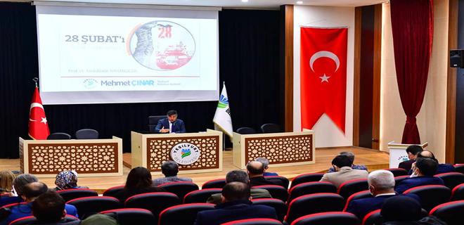 """YEŞİLYURT BELEDİYESİ'NDEN """"28 ŞUBAT'I NASIL ANLAMALIYIZ?"""" PANELİ"""