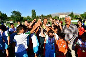 Yeşilyurt Belediyesi Spor Şenliğinin Ödül Töreni Yapıldı