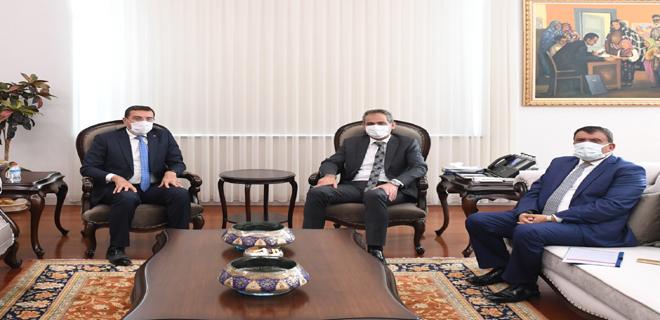 Başkan Gürkan Milli Eğitim Bakanı Özer'e hayırlı olsun ziyaretinde bulundu